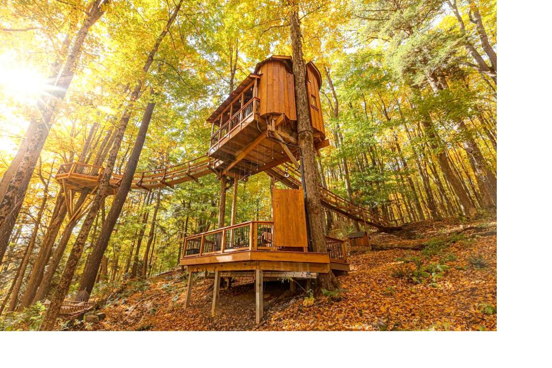 Magical Tree House Rental in the Woods near Syracuse for Glamping in New York State.