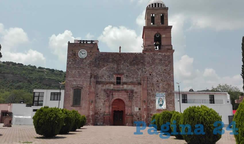 El histórico templo ubicado en el corazón del poblado, que terminaría bajo el agua según los planes del gobierno federal y la Conagua