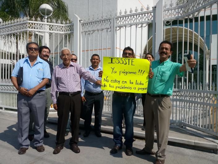 El grito de los profes jubilados de Tamaulipas al ISSSTE ¡Ya págame!