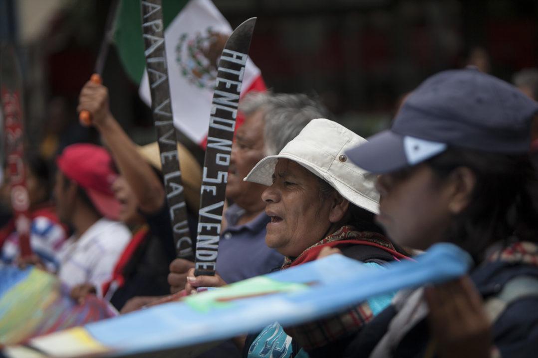 """""""Tierra sí, aviones no"""", la exigencia de Atenco ante consulta por el NAIM"""