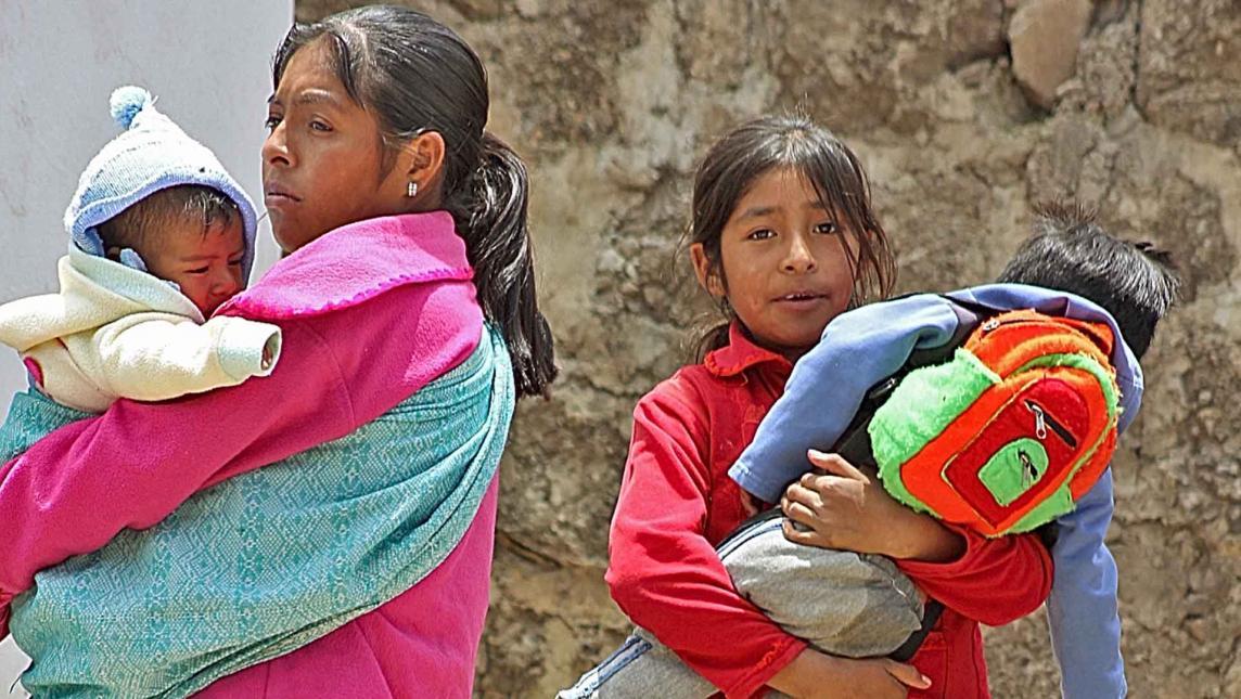 Madres-niñas, abuso y violencia en Oaxaca
