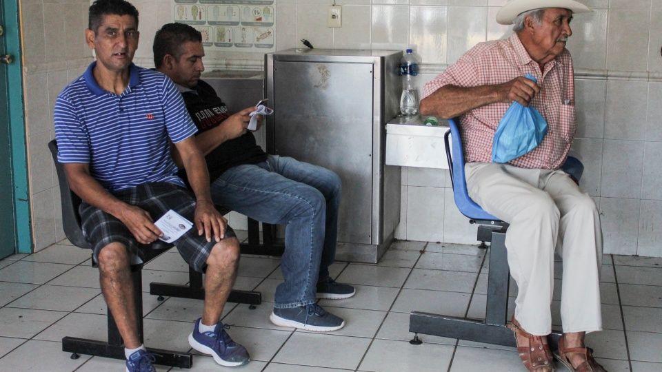 Sala de urgencias del IMSS Navolato, sucia y con mal olor (Sinaloa)