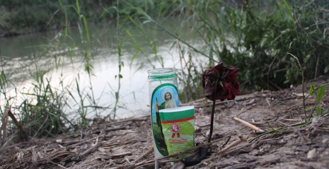 Mueren ahogados una madre y su hijo mientras cruzaban el Río Bravo para entrar en EEUU