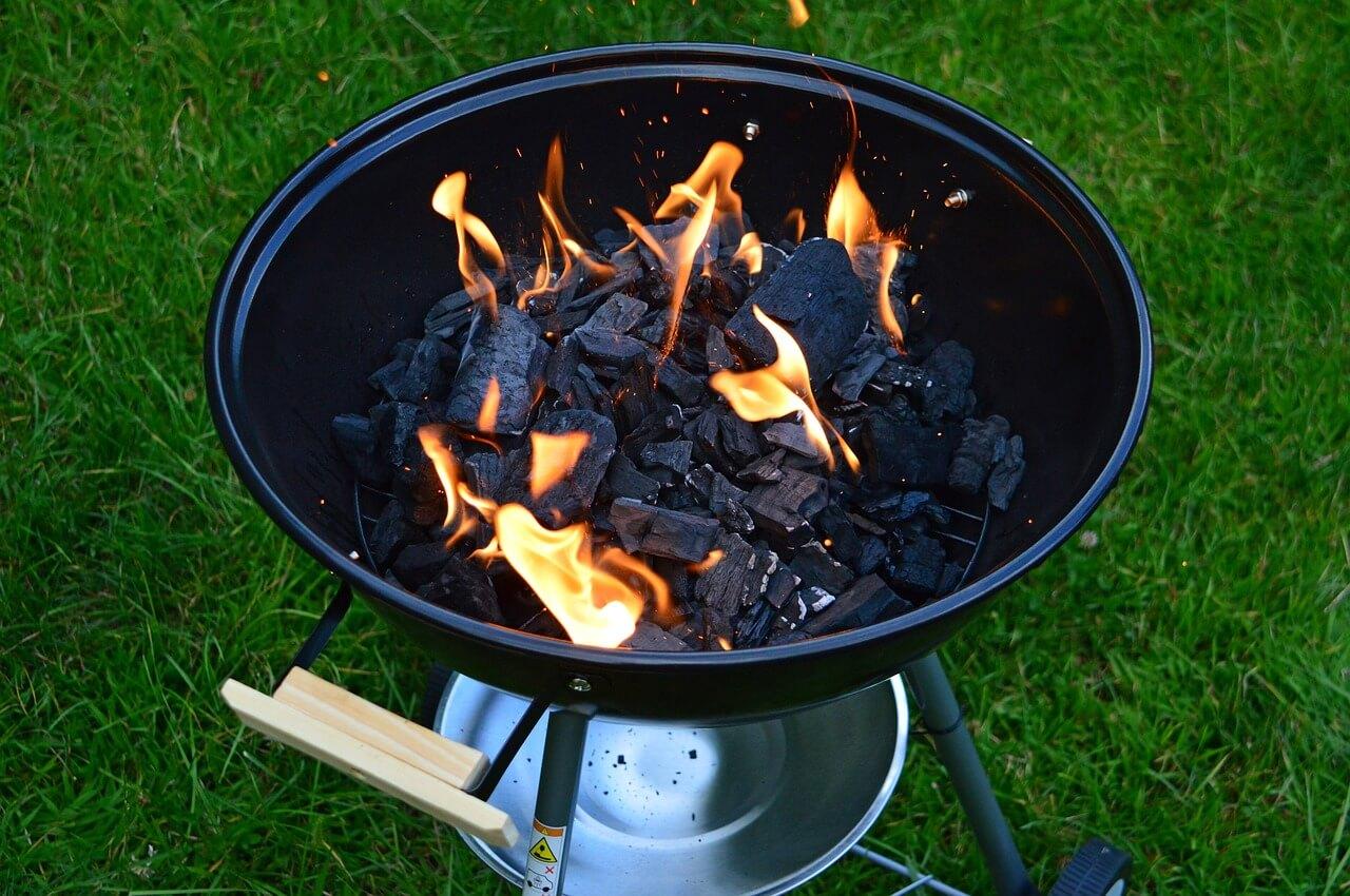 holzkohle im grill