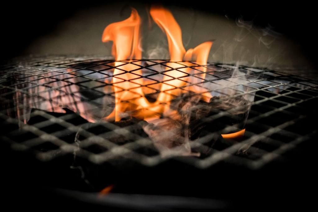 monolith grill header