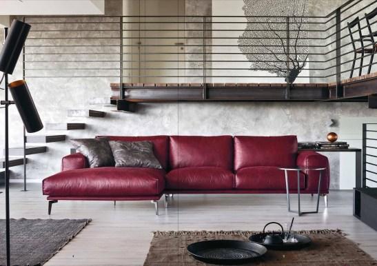 Il design ben definito è ammorbidito dall'imbottitura in piuma d'oca, che amplifica il confort e la sensazione di benessere