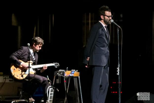 Eels band live photos