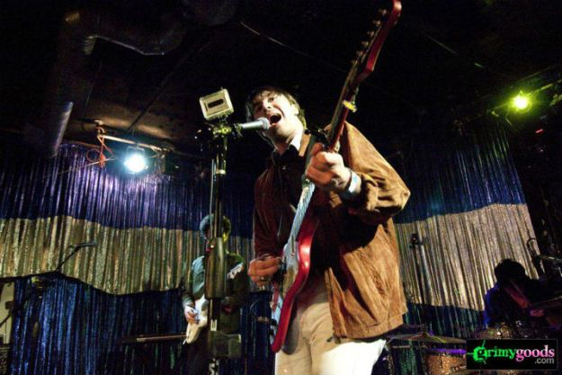 The Vaccines 715