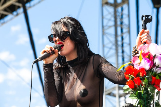 Dum Dum Girls photos