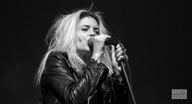 Alison Mosshart_The Kills 6-3