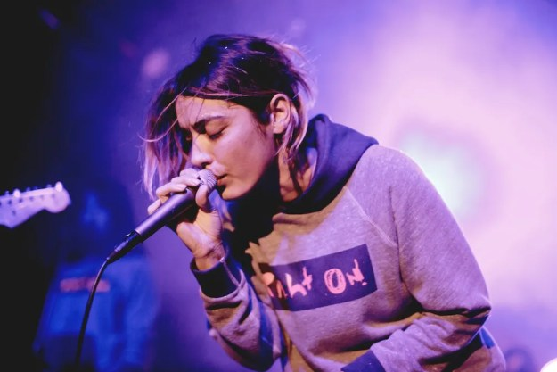 Jennylee of Warpaint