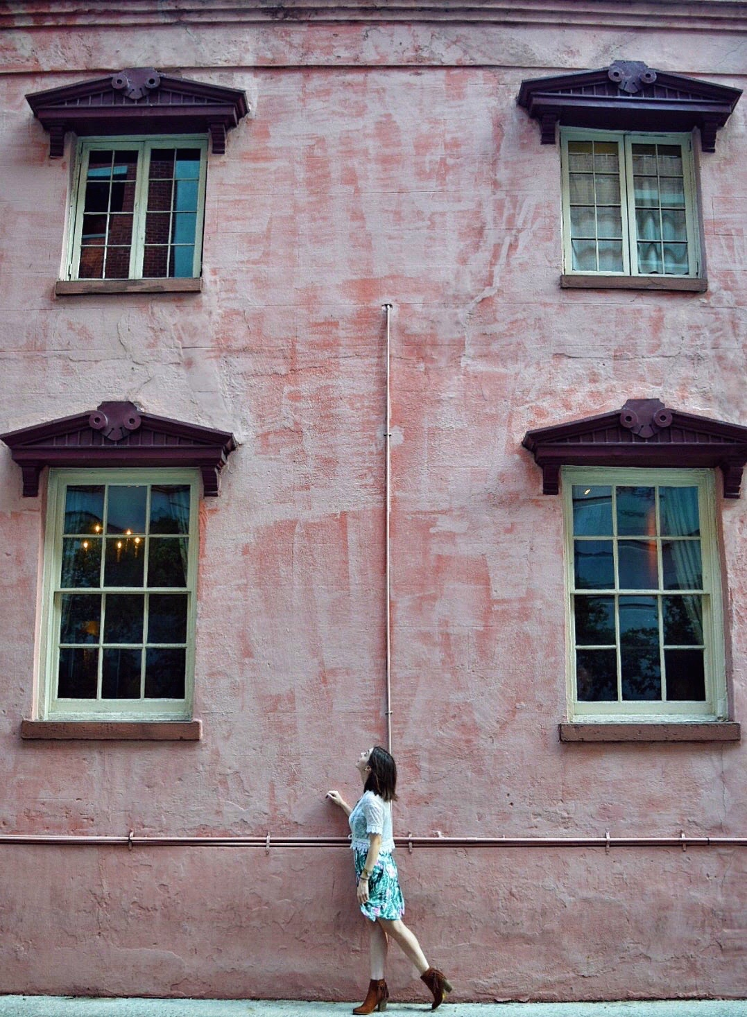 The olde pink house in Savannah, Georgia