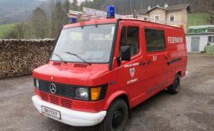 Verkauf eines Kleinlöschfahrzeug (KLF) Mercedes 310/33