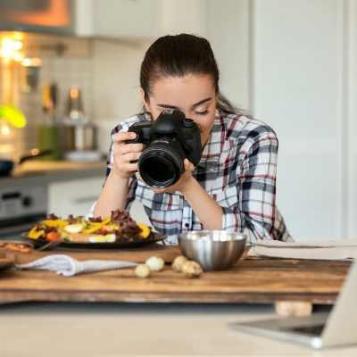 Check out this list of hobbies for moms of teenagers! Discover why it's important for moms to find a hobby before the kids leave the nest and how your hobby can help you figure out what's next.
