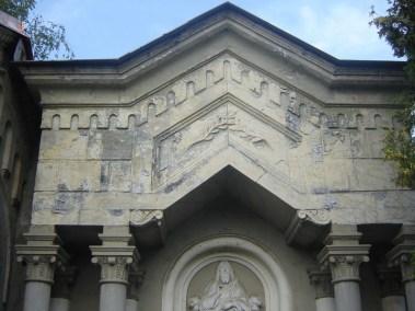 Grobnica Martinjak - restauracija - prije i poslije (4)