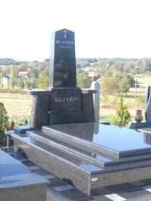 Nadgrobni spomenici (41)