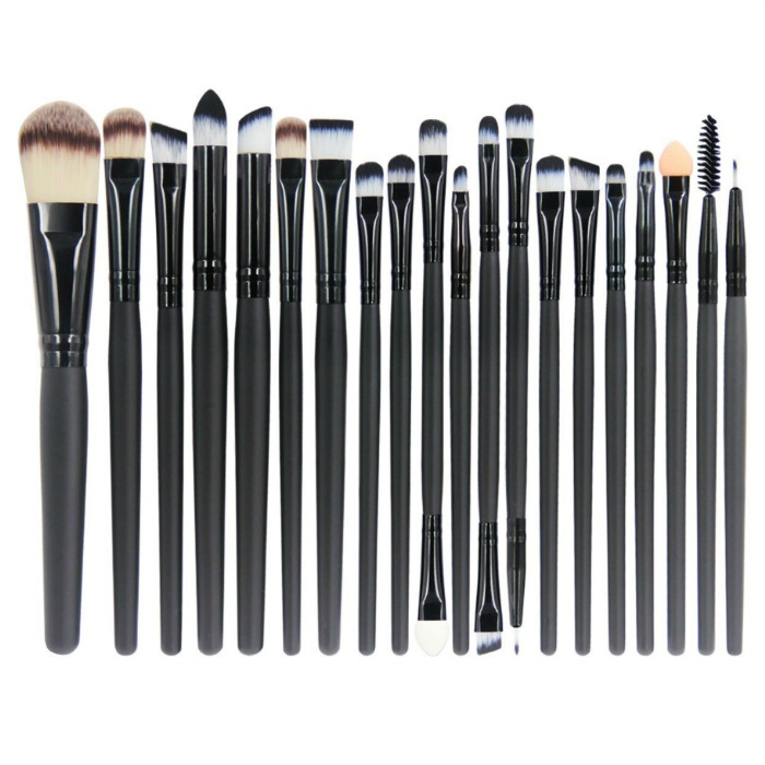 EmaxDesign 20 Pieces Makeup Brush Set Just $7.99! Down From $30!