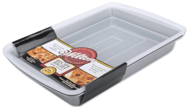 Wilton Recipe Right Oblong Pan With Cover Just $5.89!  Down from $22.88!