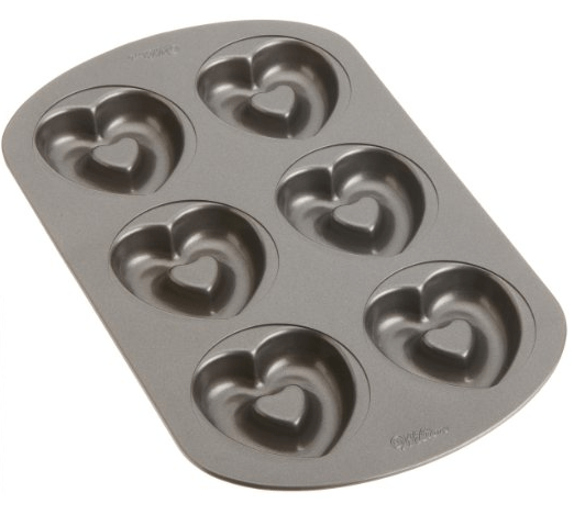 Wilton Nonstick 6-Cavity Heart Donut Pan