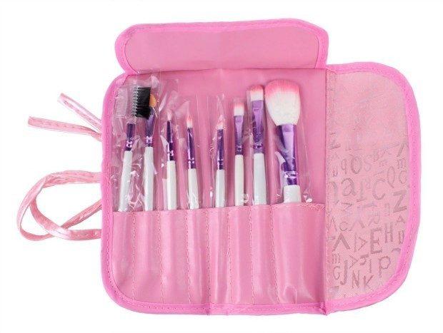 Makeup Brush Set - 8 Pc Only $3.67 Plus FREE Shipping!