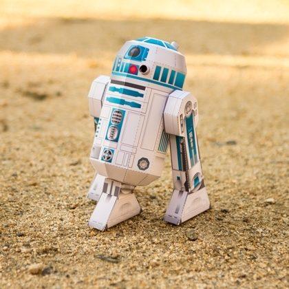 FREE Printable R2-D2 Papercraft!