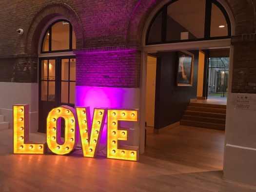 Marquee Letters Verlichting : Verlichte love letters huren voor je bruiloft of feest groenendijk