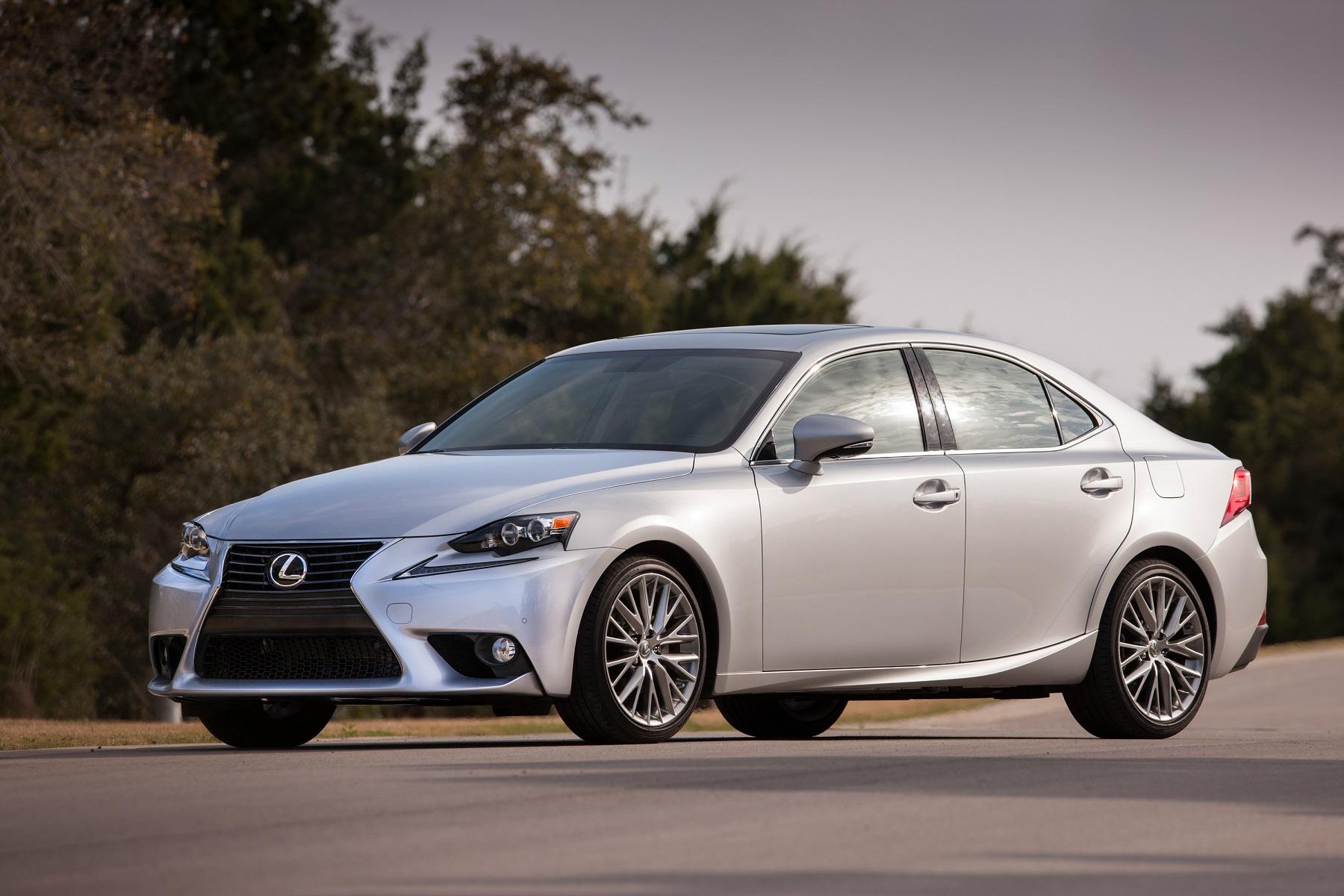 Lexus 2014 IS Aggressive Elegance New on Wheels GrooveCar