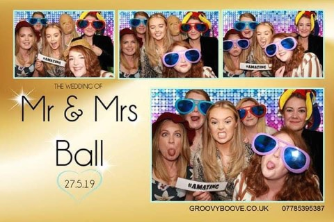 78647316 1914718188661142 1563532266573922304 n • photo booth hire