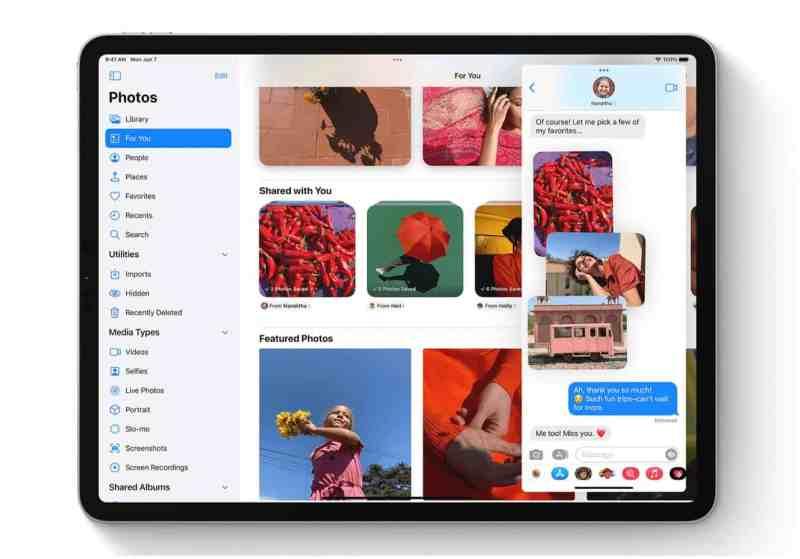поделился фотографиями на iPad