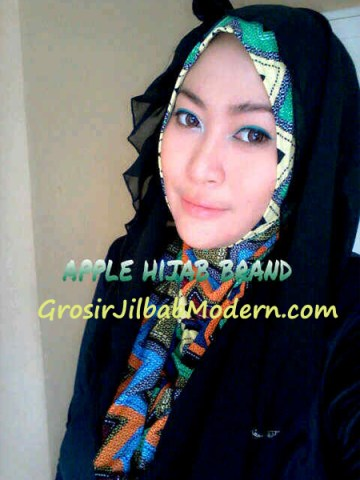 Jilbab Beverly Hoodie Hitam