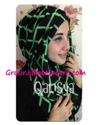 Jilbab Danica Hoodie Square Colour Hijau