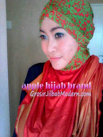 Jilbab Turban Hoodie Diane Abstrak Merah