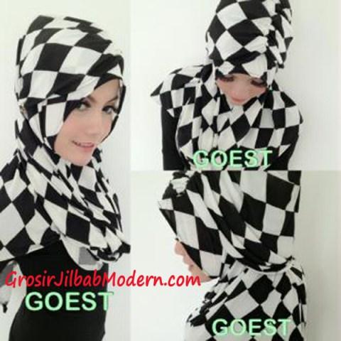 Jilbab StripTurban Kotak Series By Goest Tampak Samping