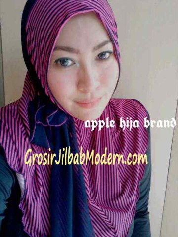 Jilbab Syria Deeba No. 08 Magenta dan dongker