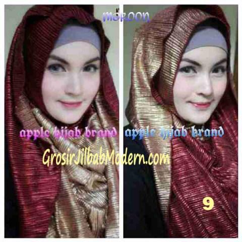 Jilbab 2 in 1 Goldee Plizt Hoodie by Apple Hijab Brand No 9 Marun