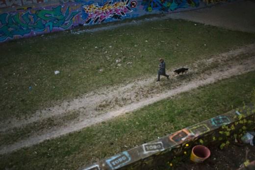 Z² - Zahn und Zieger unterwegs   Deutsch-Deutsche Geschichte   Dreilinden   Grenzübergang Drewitz   Checkpoint Bravo   NUDIE   Foto: René Zieger   GROSS∆RTIG