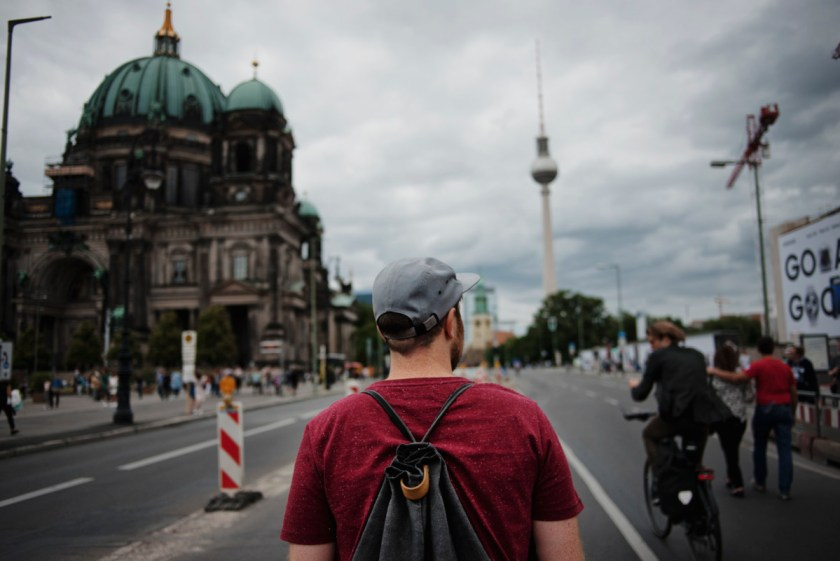 Z² - Zahn und Zieger unterwegs   Berliner Stadtschloß   Rotholz aus Potsdam   Foto: René Zieger   GROSS∆RTIG