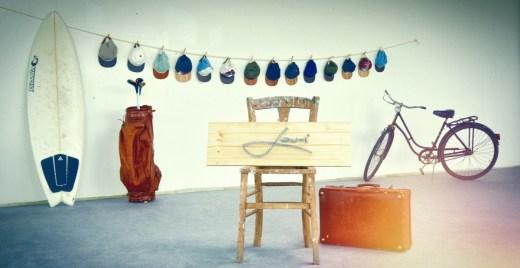 Lou-i   Caps mit Holzschirm   Wooden Caps   Foto: Manuel Hornung   GROSS∆RTIG