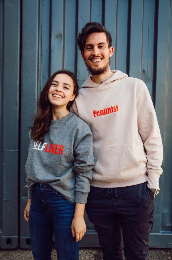 Alexander Niederhofer und Justine Siegler gründen Statement-Label TOO COOL FOR CRUEL | Foto: Alexander Niederhofer und Justine Siegler | GROSS∆RGTIG