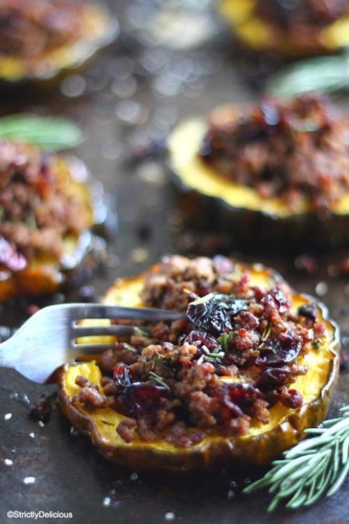 cranberry-beef-stuffed-acorn-squash-6