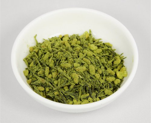genmaicha leaf tea coated with genmaicha powder 2