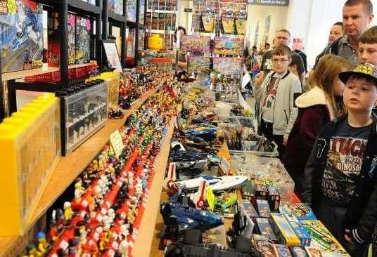 Zondag 14 oktober LEGO en Playmobil markt in Grou