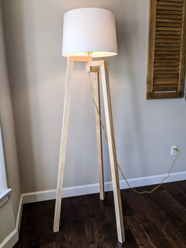 DIY Floor Lamp for Nursery, tripod legs