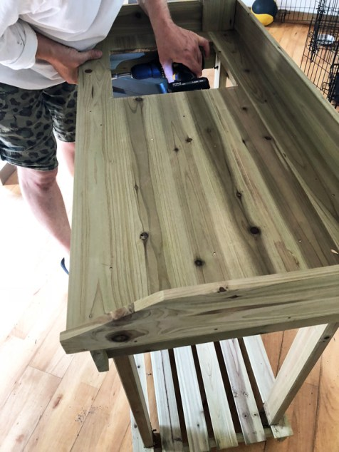 making-the-potting-bench