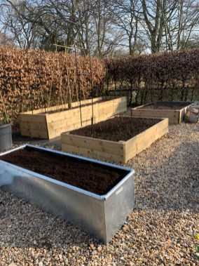 trough-ready-to-plant