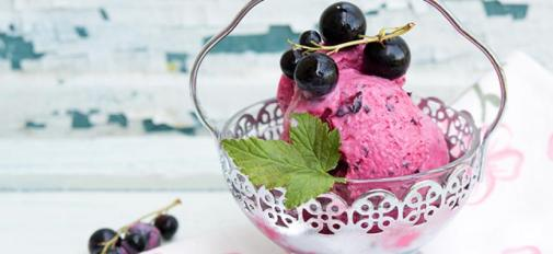 7 Ways to Use Blackcurrants. This easy no-churn ice cream is one tasty way to use blackcurrants.
