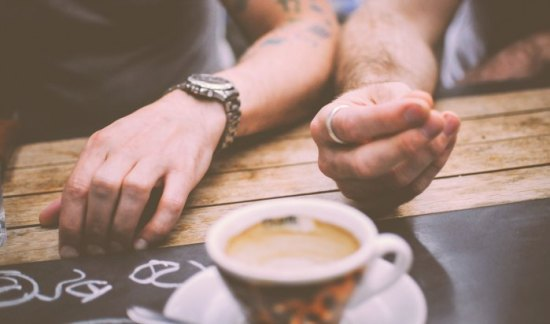 10 Unique Winter Date Ideas for Country Couples: Take paper notebooks to a favourite coffee shop and get creative, plus other great ideas.