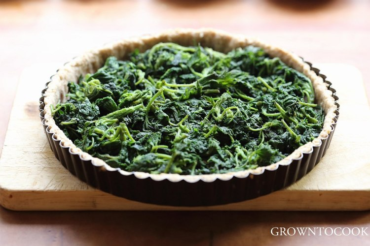 tart filled with nettles
