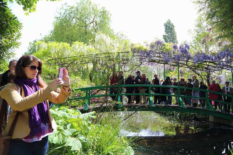 Giverny Japanese bridge
