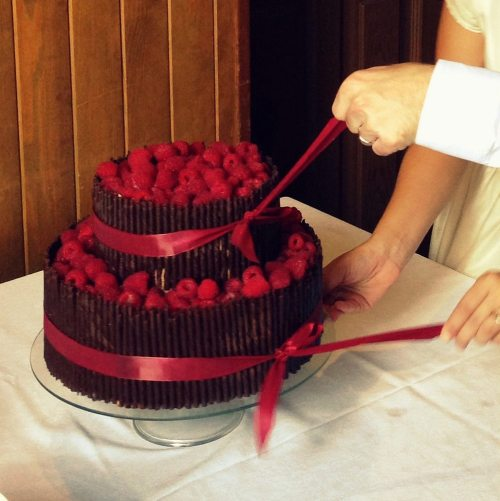 raspberry chocolate wedding cake